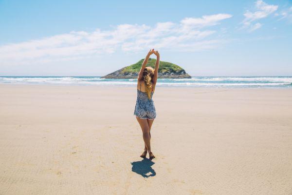 Jak ubrać się na plażę - poradnik