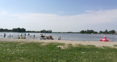 Beach in Radymno, Zek Lagoon