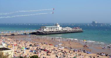 Plaża w Bournemouth nad Kanałem La Manche