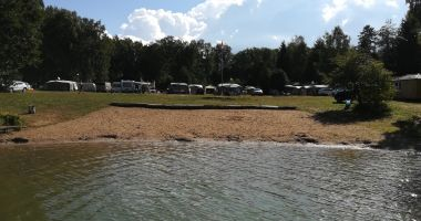 Beach at Camping 64 in Zdbice, Lake Zdbiczno
