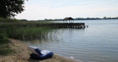 Jezioro Strzeszowskie, Strzeszów