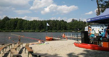 Beach in Zory, Pond Smieszek